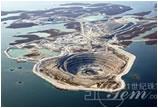 全球矿业巨头欲合并在加拿大的钻石矿