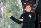 谭咏麟为估价2.8亿的翡翠全球找买家造势